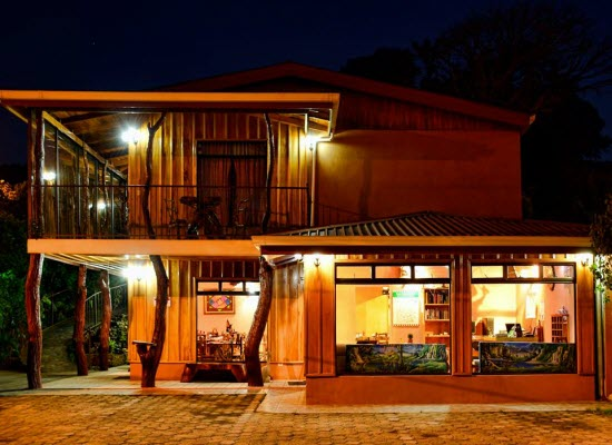 Welcome to Monteverde Rustic Lodge Hotel!